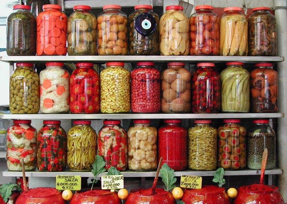 http://vplenukrasoti.ru/wp-content/uploads/2011/06/hranenie_i_konservirovanie_pishhevyh_produktov.jpg