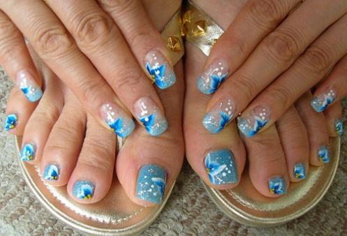 Дизайн моря на ногтях 1